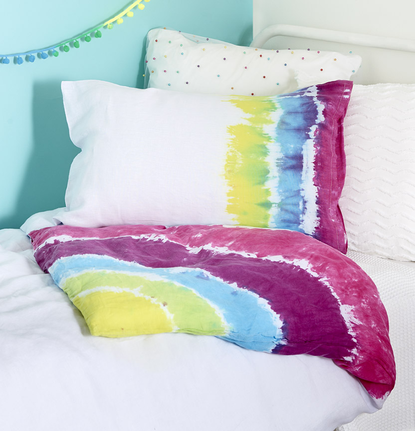 DIY Rainbow Tie Dye Doona Cover Project