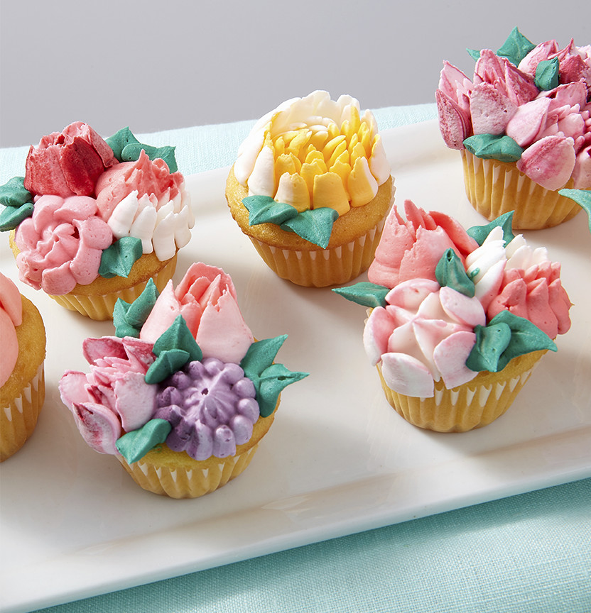 Easy Bloom Floral Cupcakes Project