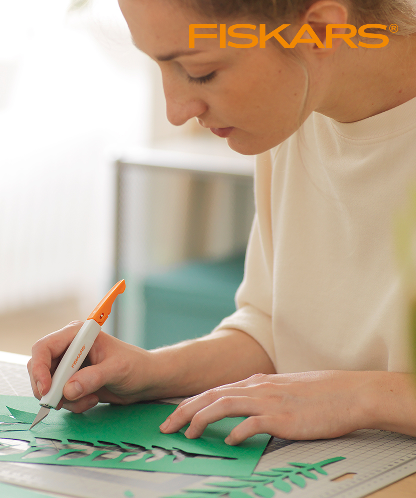 Shop The Fiskars Art Knife Range