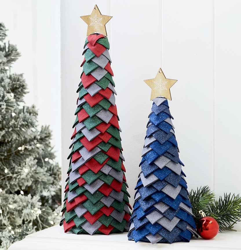 Xmas tree beading embroidery bead stitching wood decor DIY Christmas tree toy kit Christmas penguins