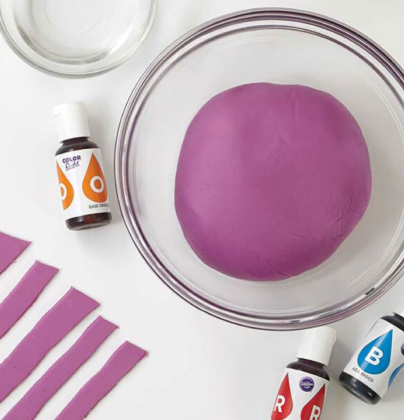 How To Colour Fondant Project