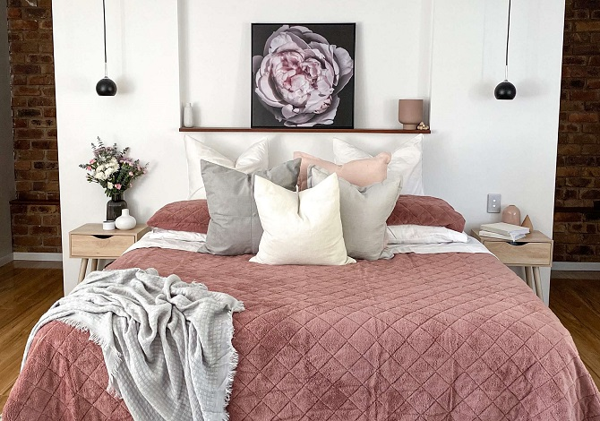 How to make your bedroom cosy during a change in season