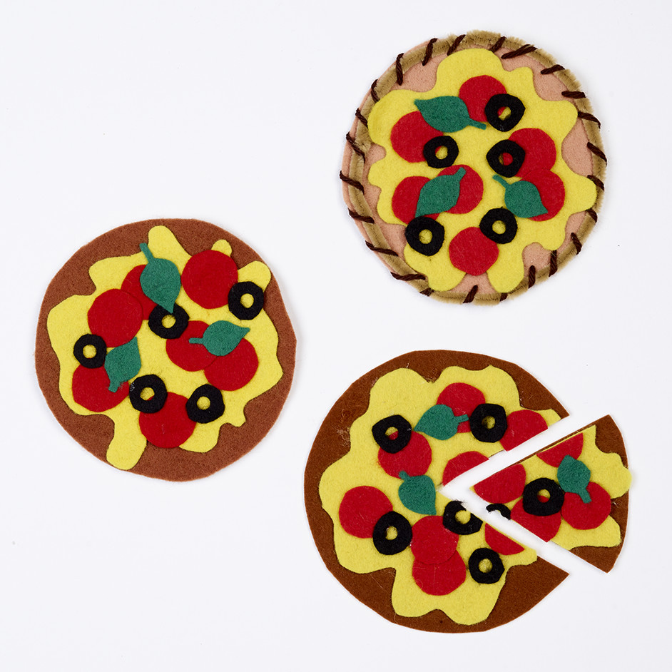 Katie Jacobs Felt Pizza Project