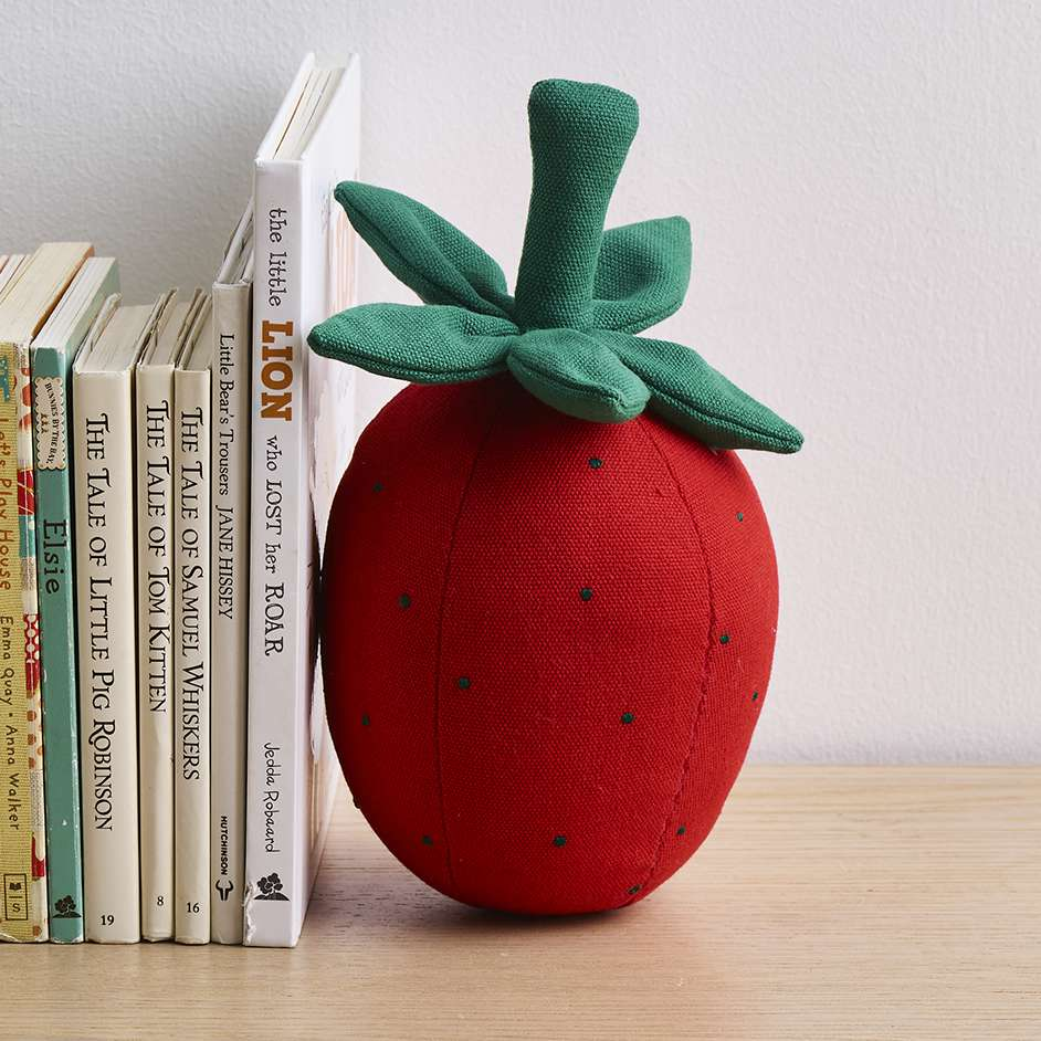 Kids Strawberry Bookend Project