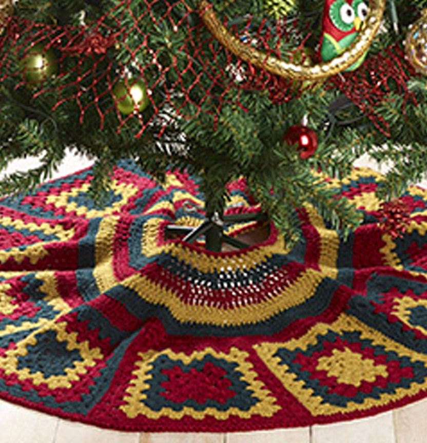 Kringle Crochet Tree Skirt Project