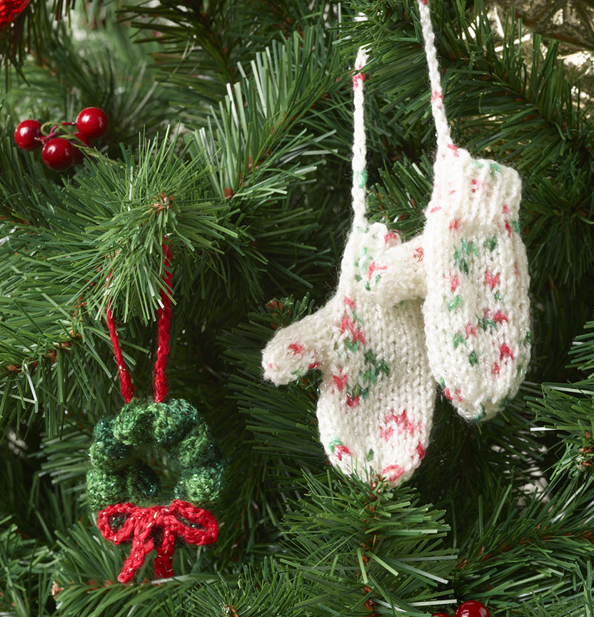 Kringle Sparkle 8Ply Mitten Decoration Project