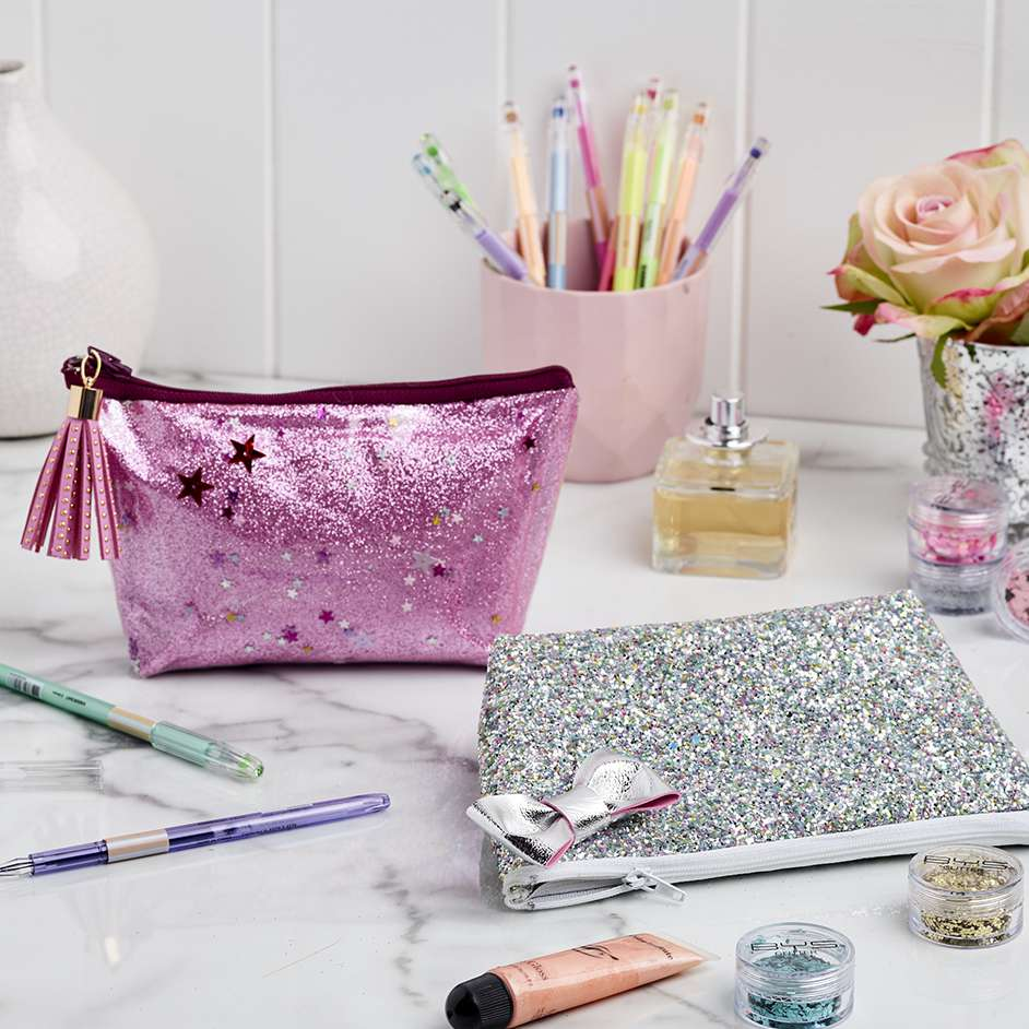 Leatherette Make Up Bags Project