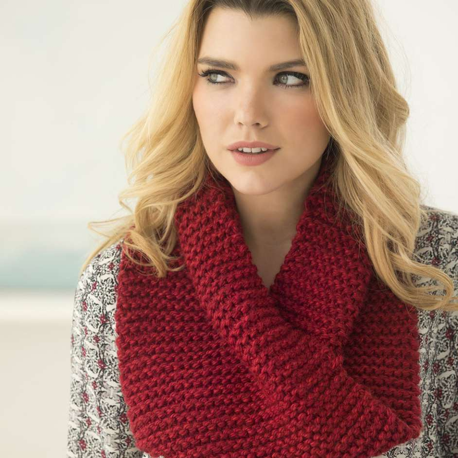 Lion Brand Heartland Thick & Quick Cowl Project