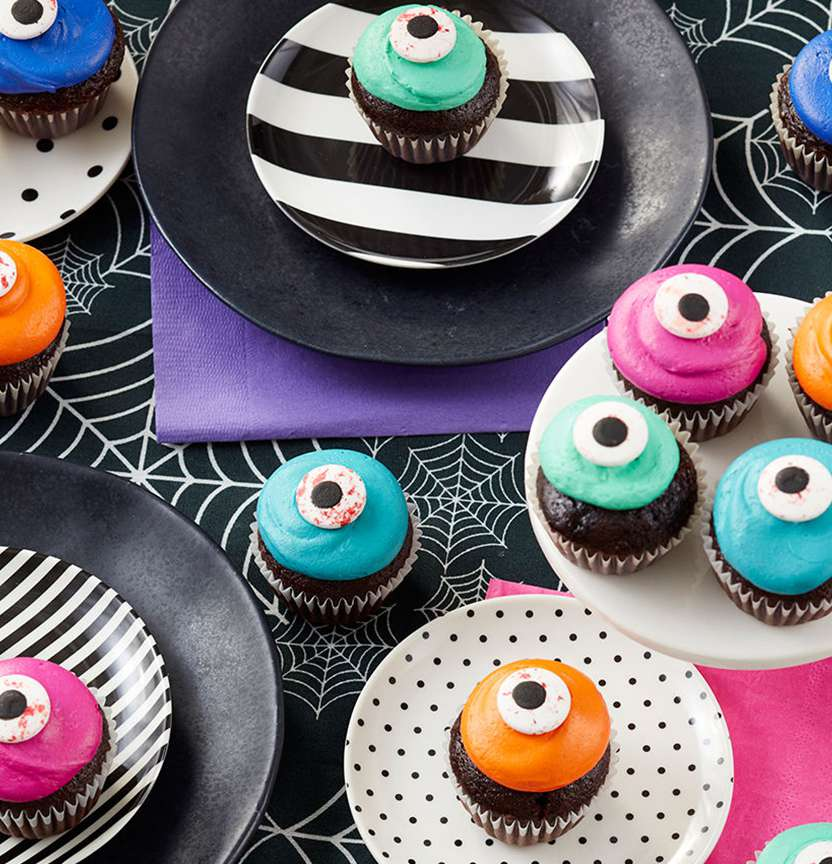 Mini Eyeball Cupcakes Project