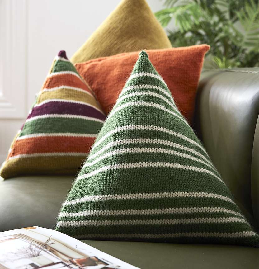 Pure Wool Entwine 8Ply Triangle Cushions Project