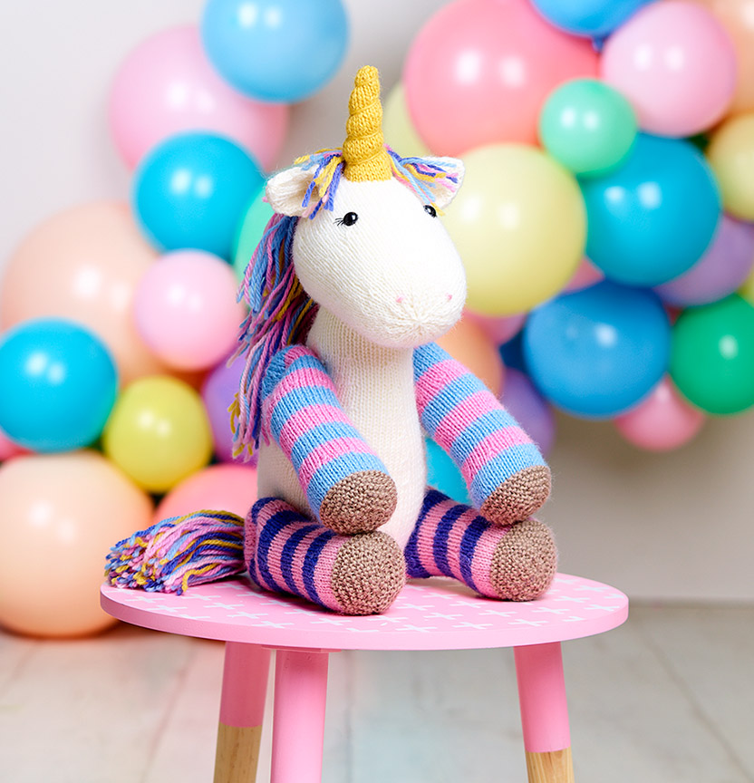 Pure Wool Entwine Unicorn Toy Project