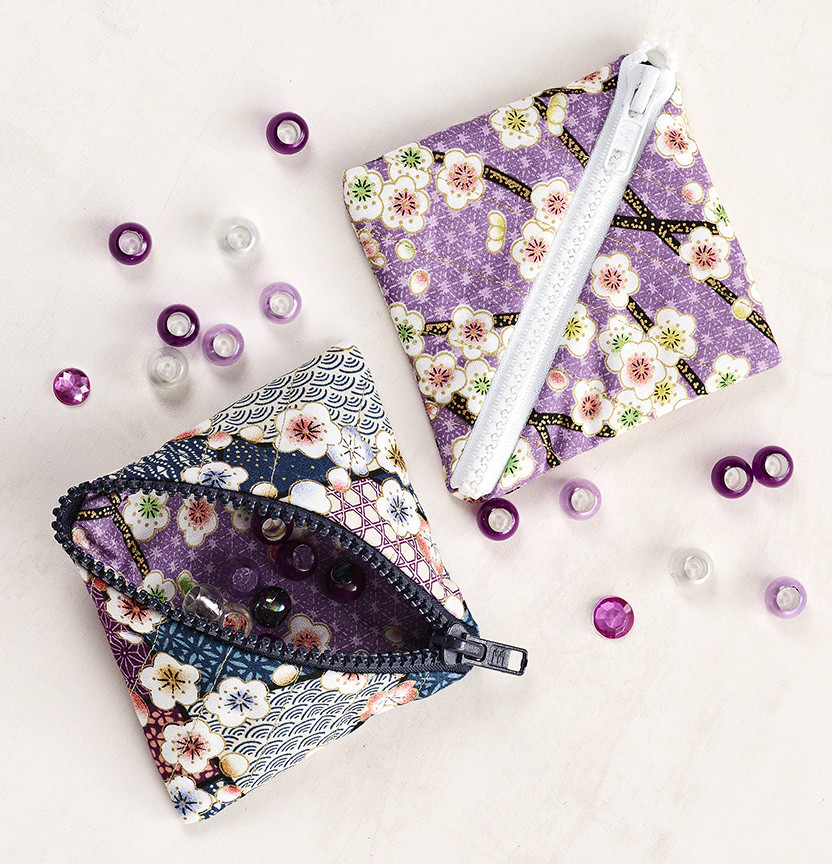 Quilted Triangle Pouches Project