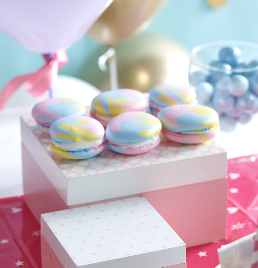 Rainbow Meringues Project