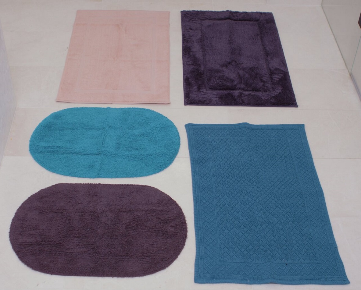 Bath Mats Can Be Practical & Stylish