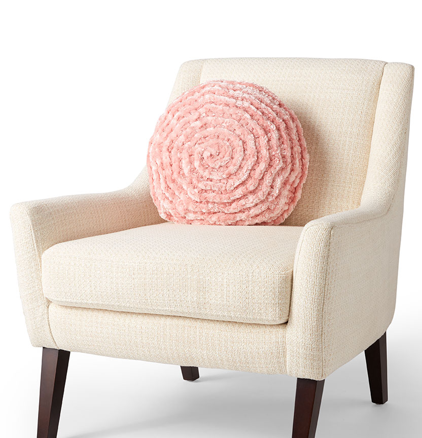 Velvet Plus Crochet Corkscrew Cushion Project